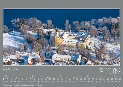 Winterruhe<br>Besonders in der Winterzeit vermittelt das ehrwürdige Koster Bernried, am Starnberger See, Besinnung und Ruhe.